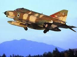 لاول مرة (القواعد الحربية الاسرائيلية) F-4e_iaf_127