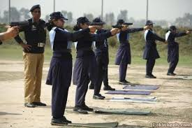 military woman pakistan police 000012 jpg 530 5AE PakWheels com  - Change Ur Avatar And Signatures.