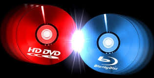 HD-DVD on the left, Blu-ray on the right, here I am... stuck in the middle.