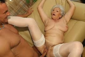 PORN FREE: Old granny taking black dick in her ...