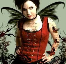 You wouldnt compare Amy Lee