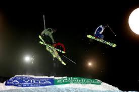 """614 Passo San Pellegrino """"The destroy night event"""" gara acrobatica con snowboard e sci in notturna. Video"""