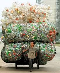 http://t3.gstatic.com/images?q=tbn:gpYHxINVOXE-dM:http://planeteecolo.com/blogue/wp-content/uploads/2009/02/arnaque-du-recyclage.jpg