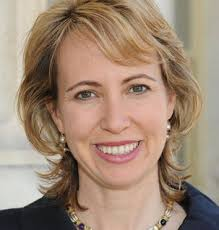 �Gabby� Giffords upon Jun