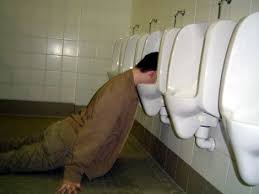 http://t3.gstatic.com/images?q=tbn:k477II8CSG-uwM:http://scrapetv.com/News/News%2520Pages/Business/images-4/drunk-man-in-urinal.jpg