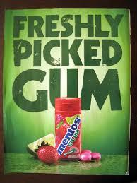 Basé sur l'ordre alphabétique, tout ce qui vous passe par la tête. - Page 20 Mentos-fresh-freshly-pickeg-strawberry-gum-green-greenwashing