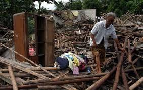 Gempa 7,3 SR Di Tasikmalaya