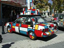 http://t3.gstatic.com/images?q=tbn:y2FP7uehEwRxKM:http://www.chrogeek.com/wp-content/uploads/2008/09/mondrian_car.jpg