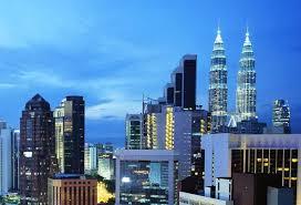Ilustrace k článku: Malajsie hledá Superstar. Místo zpěváků ale soutěží duchovní (Lidovky)