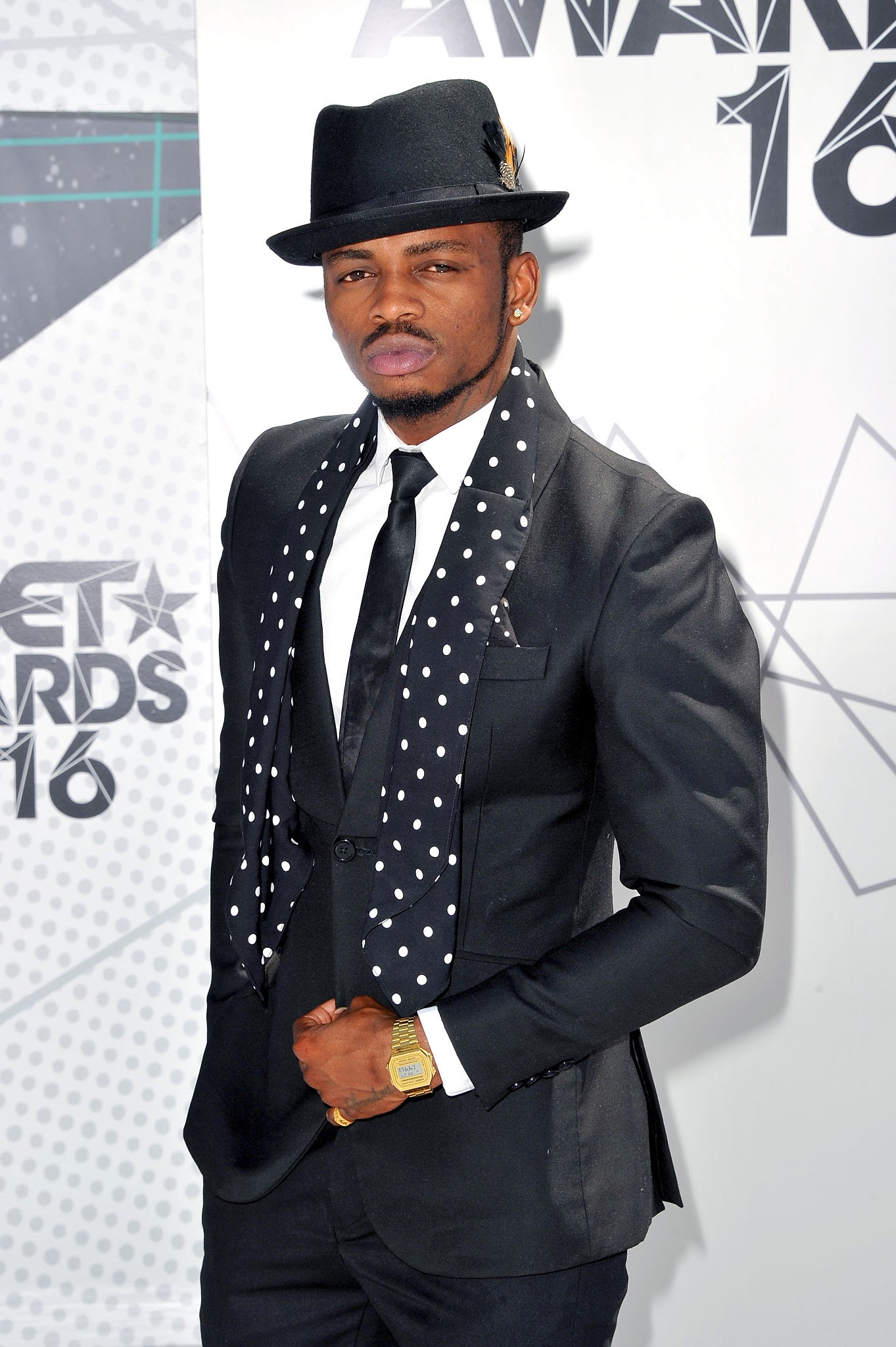 Fans want Diamond shown exit door from BET Awards. Photo Credit: WireImage