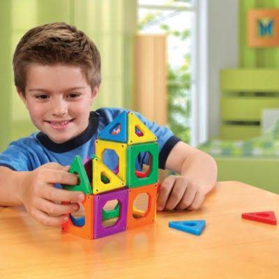 Discovery Kids 24-Piece Magnetic Building