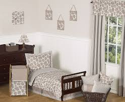 Giraffe 5 Piece Toddler Bedding Set by