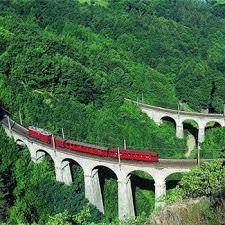http://t3.gstatic.com/images?q=tbn:1HZPgVo3xFYElM:http://www.linternaute.com/sortir/evenement/selection/15-sorties-pour-la-fete-des-meres/image/petit-train-25324.jpg