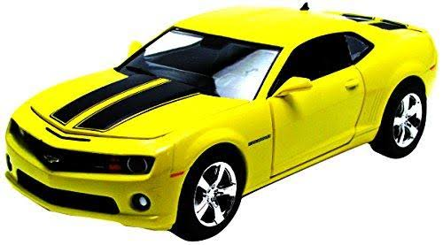 General Motors Greenlight Collectibles 1:24 Scale Yellow 2011 Chevrolet Camaro SS Limited Edition