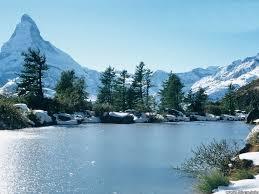 جبال الهيمالايا موقعها وتشكلها images?q=tbn:ANd9GcQ