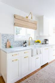 Moroccan Tile Curtain Panels by Best 20 Moroccan Tile Bathroom Ideas On Pinterest Moroccan