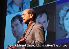 Richard Gage of AE911Truth.org speaking to a crowd