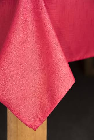 Lintex Oxford 70 in. Red Round 100% Polyester Tablecloth