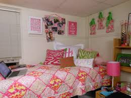 Dorm Room Bed Skirts by The Pink And Green Prep Decorating Your Dorm Room The Bed