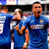 Cruz Azul: Yoshimar Yotún dedicó título de la Leagus Cup a Pedro ...