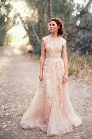 tips on choosing your vintage wedding dress wedding stylist