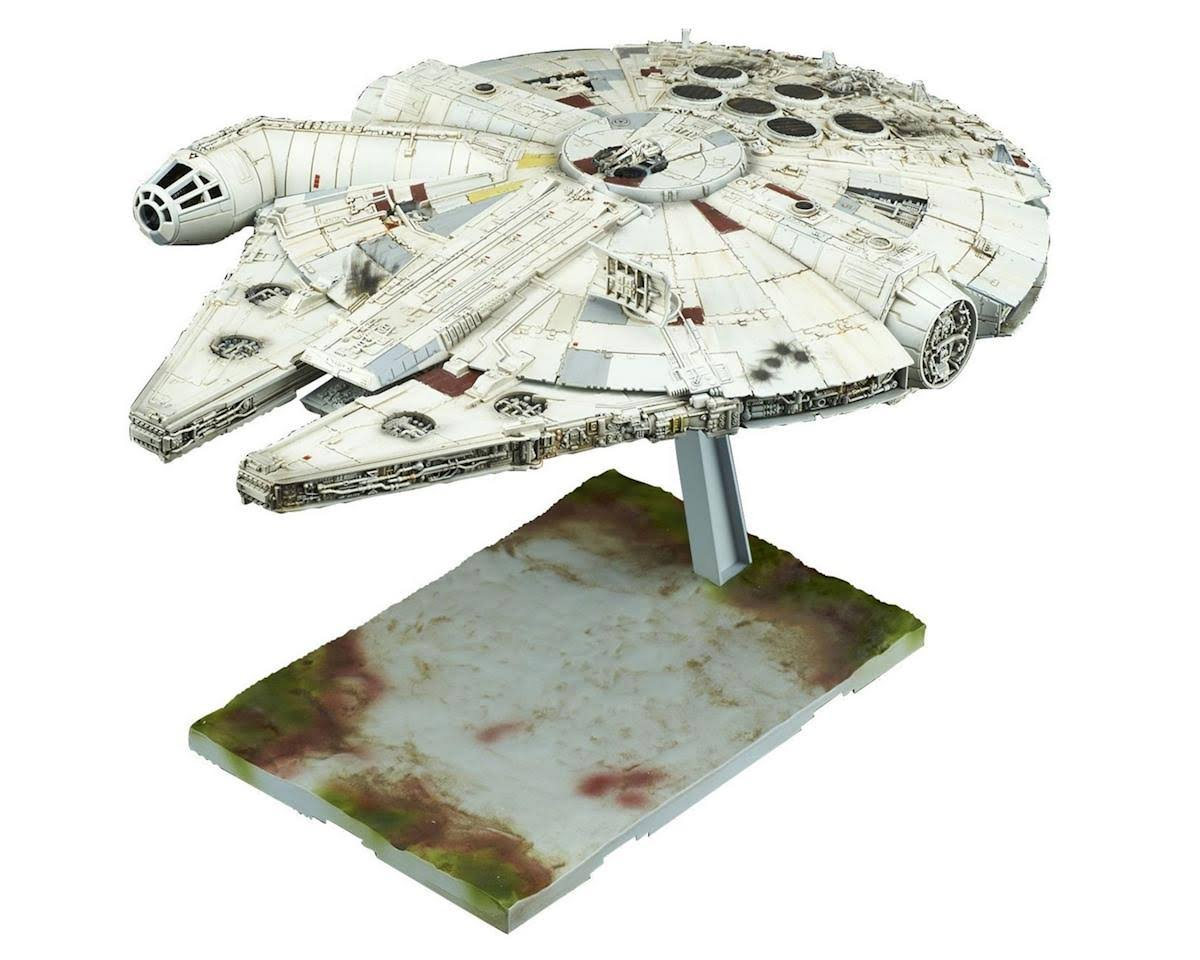 Star Wars The Last Jedi: Millennium Falcon 1/144 Scale Plastic