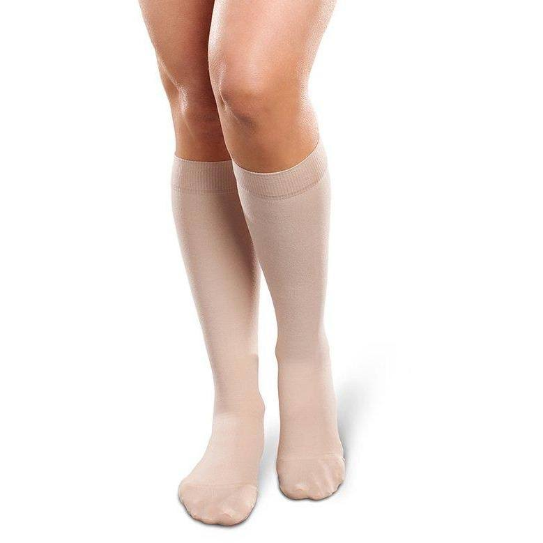 Therafirm Ease Opaque Women's 15-20 mmHg Knee High Medium Long / Natural