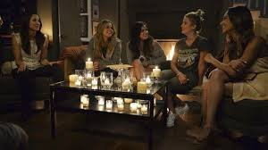 Pll Halloween Special by Pretty Little Liars U0027 23 Shocking Secrets We Learned From Watching