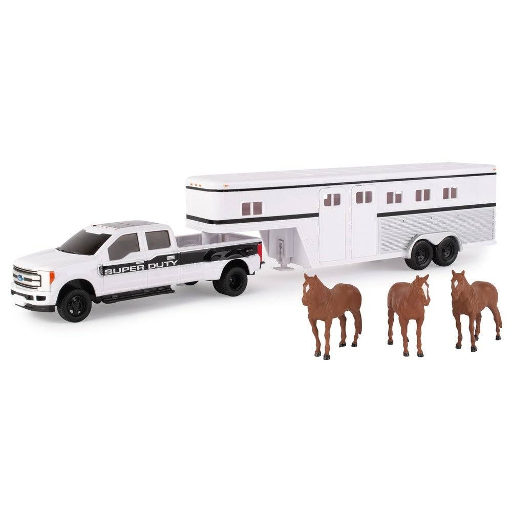 Ertl 1:32 Ford F-350 Pickup with Horse Trailer and Horses