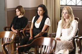 Pll Halloween Special by The Pretty Little Liars Premiere Kicked Off With This Shocking