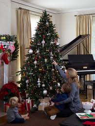 Lifelike Artificial Christmas Trees Canada by Guides U0026 Ideas Balsam Hill Christmas Trees Complaints Balsam