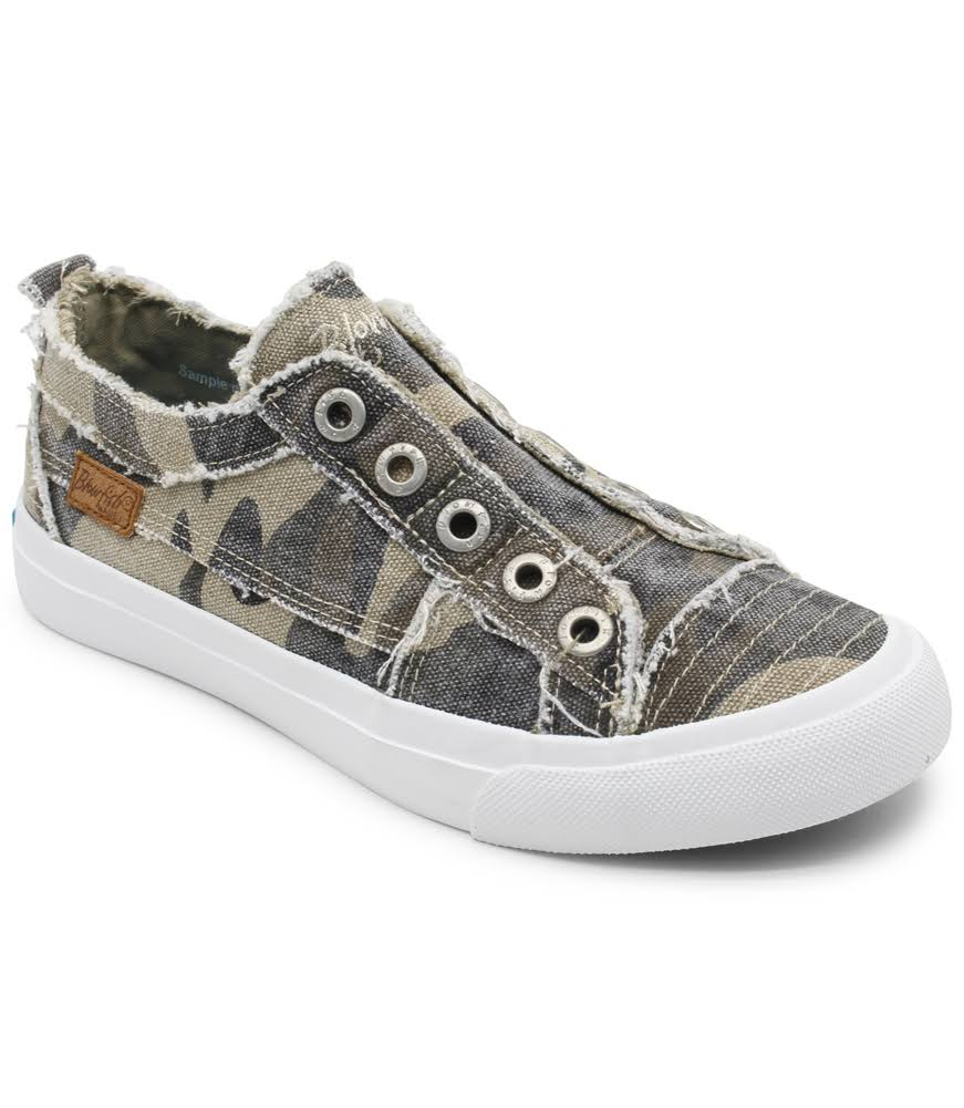 Blowfish Women's Play Slip on Sneakers (Natural Camo) - Size 9.0 M - Style #96070
