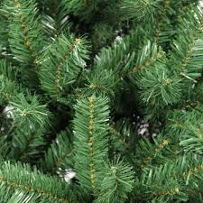 Artificial Christmas Tree 6ft by 6ft Green Artificial Christmas Tree