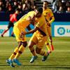 Messi tỏa sáng giúp Barca ngược dòng thắng đội bét bảng 2-1