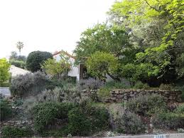 Altadena Christmas Tree Lane by 1049 Concha St Altadena Ca 91001 Mls Cv16178818 Redfin