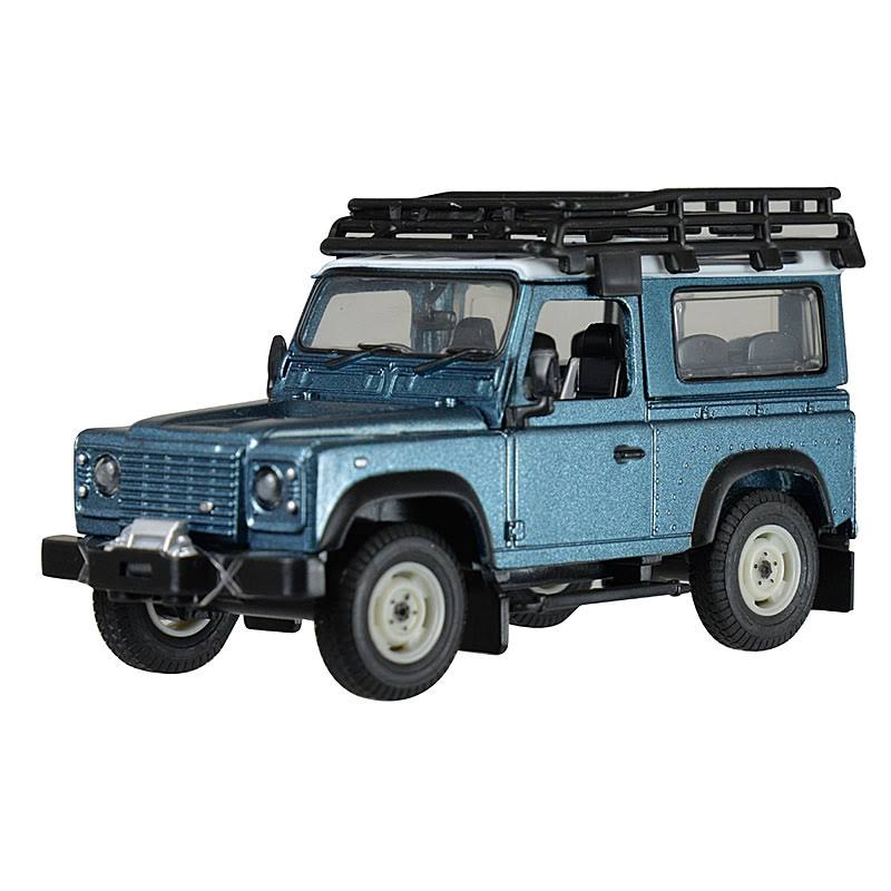 Land Rover Defender 1:32
