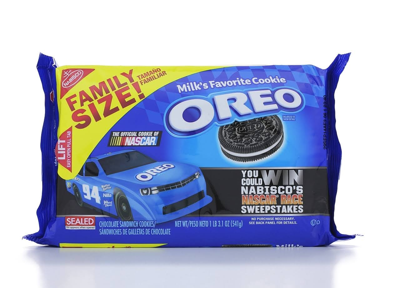 Oreo Chocolate Sandwich Cookies - Family Size, 1lb
