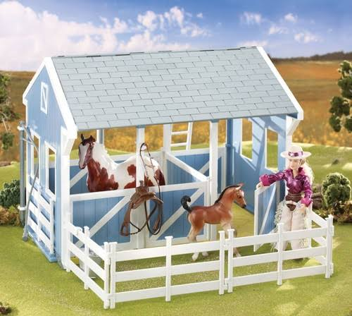 "Breyer Classics Country Stable with Wash Stall Horse Care - Age 4, 15"" x 12"" x 9.5"""