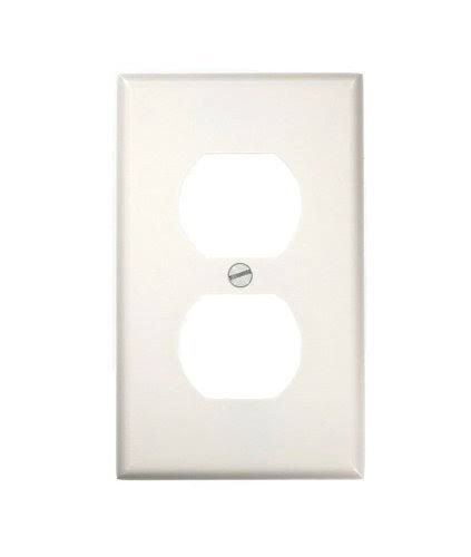 Leviton Single Gang Duplex Receptacle Plate - White, Standard Size