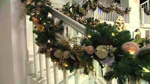 Bethlehem Lights Christmas Trees Qvc by Bethlehem Lights Deluxe Plug In 9 U0027 Garland With Lisa Robertson
