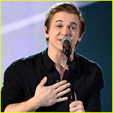 Hunter Hayes Fights to End Hunger with Invisible.