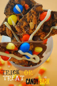 Halloween Candy Dish That Talks by 7 Delicious Diy Trick Or Treat Candy Ideas