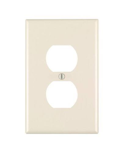 Leviton 1-Gang Midway Duplex Outlet Nylon Wall Plate - Light Almond