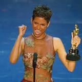 هالي بيري, جائزة الأوسكار, جائزة الأوسكار لأفضل ممثلة, كرة الوحش, هوليوود