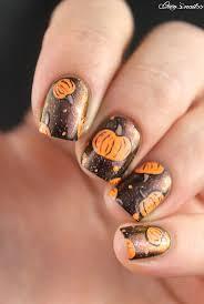 Pas Pumpkin Patch 2017 by 25 Gorgeous Pumpkin Nail Art Ideas On Pinterest Fall Nail Art