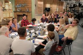 Cast Of Halloween 2 by First Look The Cast Of The Roseanne Revival Show At Its First