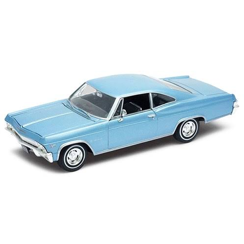 Black 1965 Chevrolet Impala SS396 1/24 Scale Diecast Model Car by Welly