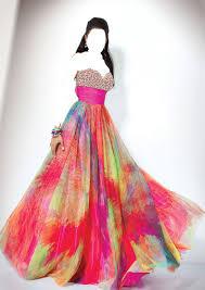 ملابس سهرة رووووووووووووووووعة images?q=tbn:ANd9GcT