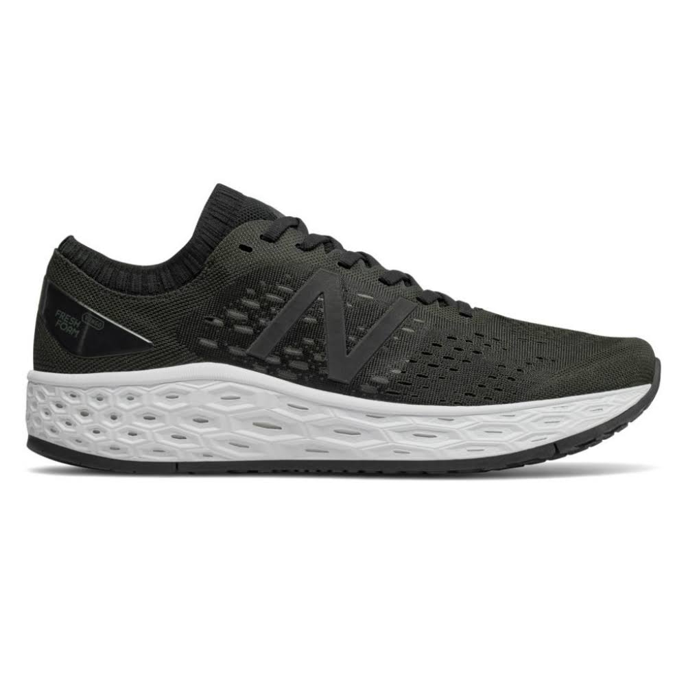 New Balance Men's Fresh Foam Vongo v4 Black 9.5 D - Running
