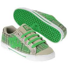 Converse Girls images?q=tbn:ANd9GcT